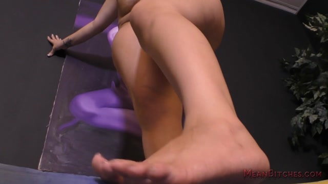 MeanWorld_-_SlaveOrders_presents_Alycia_Starr_POV_Slave_Orders.mp4.00011.jpg