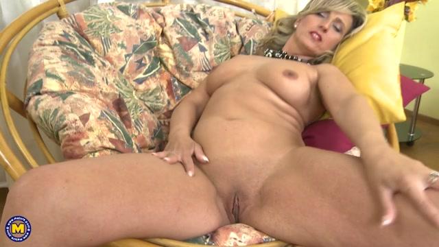 Watch Porn Stream Online  Maturenl Presents Jarolina D 40 In Horny -7968