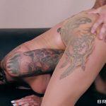 Watch Porn Stream Online – Brazzers – BigTitsAtWork presents Felicity Feline in A Run For His Money – 26.09.2017 (MP4, SD, 854×480)