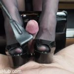 Watch Porn Stream Online – Lady Victoria Valente in Extremely fast orgasm between my platform peep toes High Heels! And after orgasm: Tail torture (MP4, HD, 1280×720)