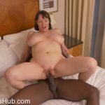 Watch Porn Stream Online – Mature.nl presents Tigger (EU) (49) in British big breasted housewife Tigger goes interracial – 09.11.2017 (MP4, FullHD, 1920×1080)