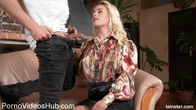 Watch Free Porno Online – PissingInAction presents Give Me Your Pick and Piss! – 30.03.2018 (MP4, FullHD, 1920×1080)