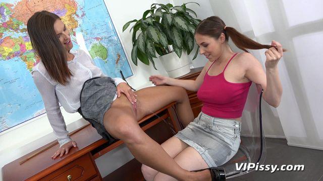 VIPissy_presents_Antonia_Sainz___Jenifer_Jane_in_Geography_-_11.06.2018.mp4.00000.jpg