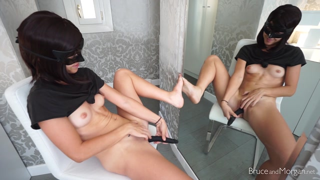 BruceAndMorgan_presents_18_07_20_twin_sisters_dildo_masturbation.mp4.00001.jpg