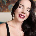 Watch Porn Stream Online – Goddess Alexandra Snow in Sleep for Me Trance (MP4, FullHD, 1920×1080)