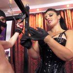 Watch Porn Stream Online – Mistress Ezada Sinn in Denied between My thighs (MP4, HD, 1280×720)