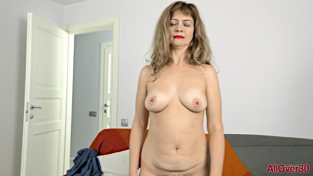 Allover30_presents_Olga_G_44_years_old_Interview___12.01.2019.mp4.00010.jpg