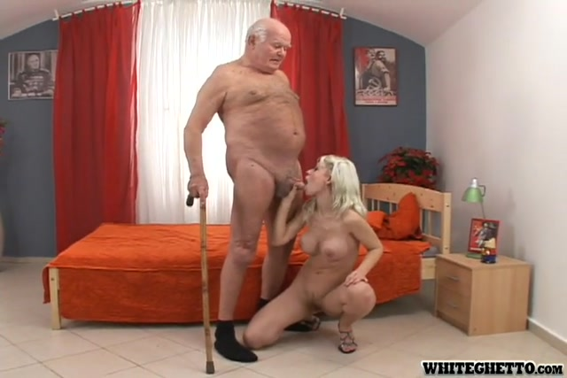 GrannyGhetto_presents_Look_At_The_Old_People_Fucking_01_s04_Pepa_480p.mp4.00004.jpg
