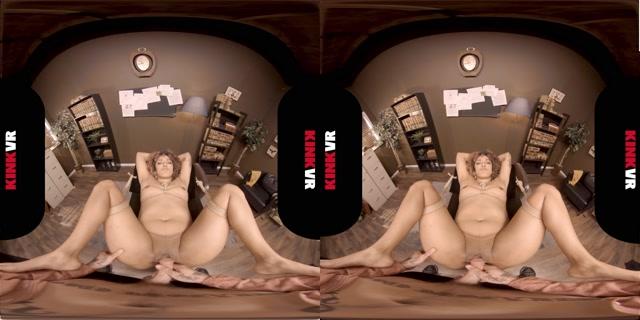 KinkVR_presents_Daisy_Ducati_in_Bruising_Business.mp4.00010.jpg