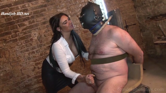 Lady_Ashley_Bulgari_-_Ruined_Orgasm_-_FemdomBeauties.mp4.00012.jpg