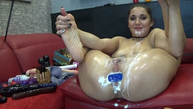 ManyVids_presents_BIackAngel_in_Whipped_Cream_Blowjob__Premium_user_request_.mp4.00009.jpg