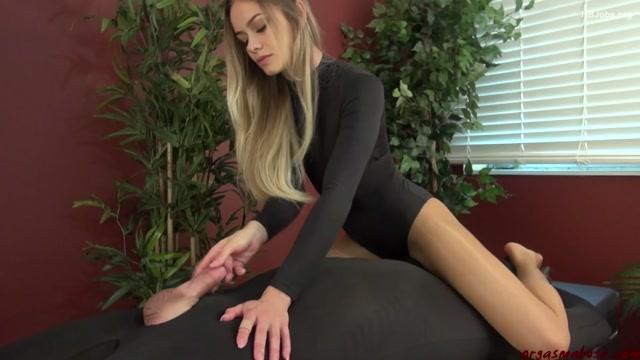 OrgasmAbuse_presents_Noami_Swann_in_Eternity_To_Cum.mp4.00013.jpg