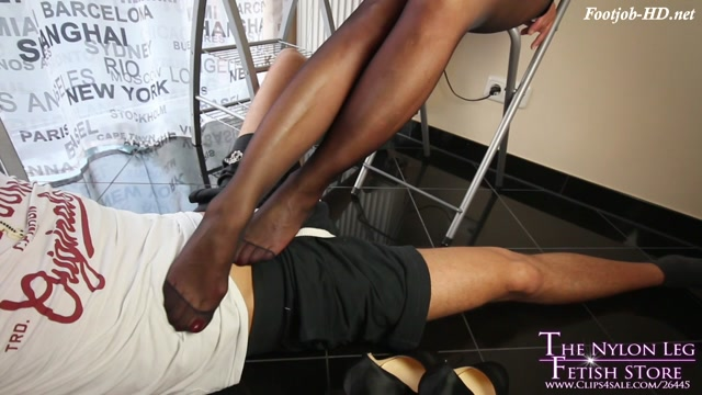 Pure_cock_teasing_in_kitchen.mp4.00003.jpg