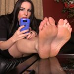 Watch Porn Stream Online – Goddess Alexandra Snow – Blackmailed for your Foot Fetish (MP4, HD, 1280×720)