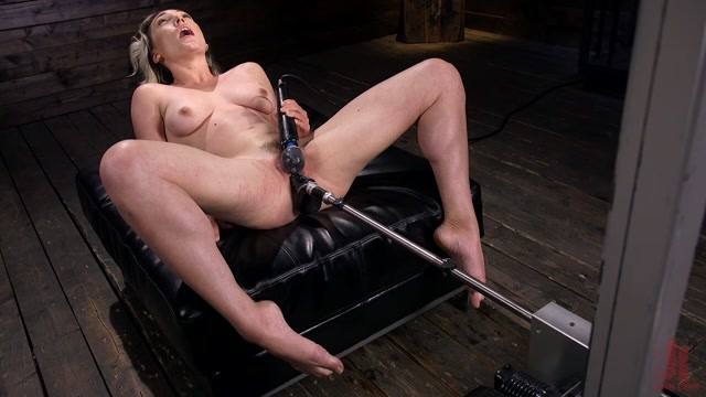 FuckingMachines_presents_Lily_LaBeau_is_Power_Fucked_with_the_Machines___22.05.2019.mp4.00010.jpg