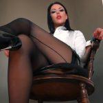 Watch Porn Stream Online – Goddess Kim – LIFE UNDER YGKs DESK (MP4, FullHD, 1920×1080)