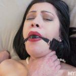 Watch Porn Stream Online – MYLF presents Cassandra Cain – Ciggies Make Her Gag – 15.05.2019 (MP4, HD, 1280×720)