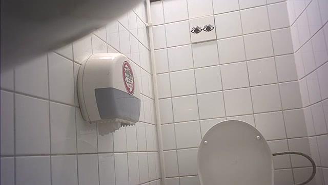 Watch Free Porno Online – Pissing Toilet Indoor – Student_restroom_133 (MP4, HD, 1280×720)