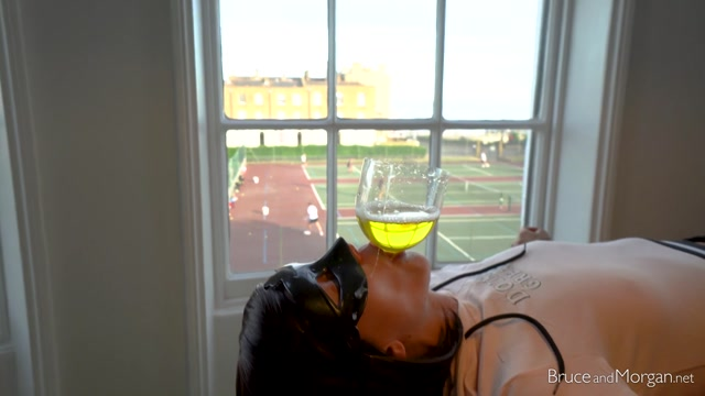 Watch Free Porno Online – BruceAndMorgan presents 19.07.12 piss and cum funnel tennis edition (MP4, FullHD, 1920×1080)