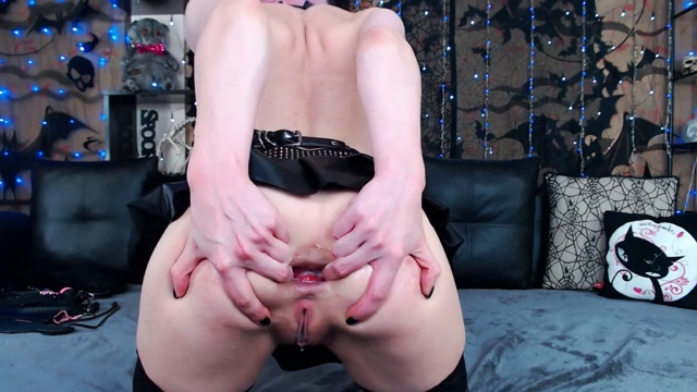 ManyVids_presents_XandriaGoddess_-_succubus_rough_fucked_and_creampied.mp4.00012.jpg