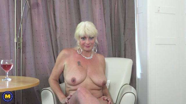 Mature.nl_presents_Dimonty__EU___60_.mp4.00003.jpg