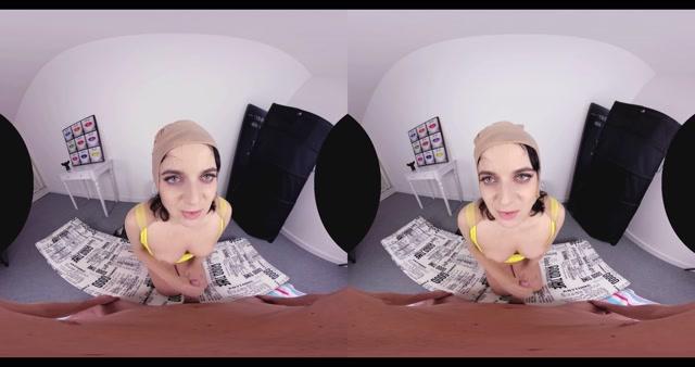 Czechvrfetish_presents_Liza_Kolt_in_VR_Fetish_107_-_House_Helper_Caught.mp4.00009.jpg