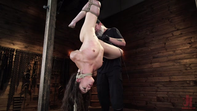 Hogtied_presents_Victoria_Voxxx__EXTREME_Torment__Brutal_Bondage_and_Waterboarding___24.10.2019.mp4.00007.jpg