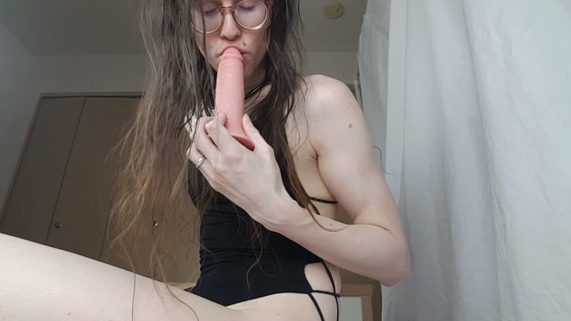 ManyVids_presents_WetZemu_-_69_POV_Cumming_in_your_face.mp4.00001.jpg