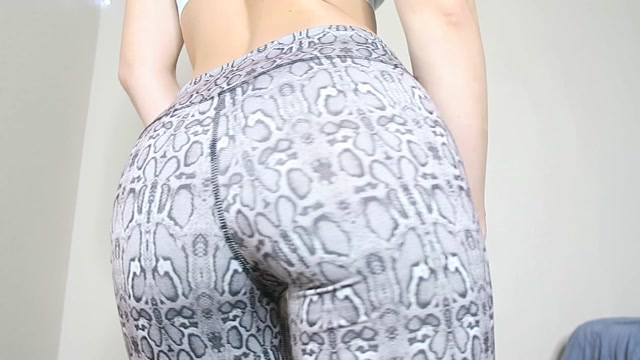 Manyvids_presents_Lil_Olivia_-_dirty_talk_amp_anal_masturbation_2.mp4.00001.jpg