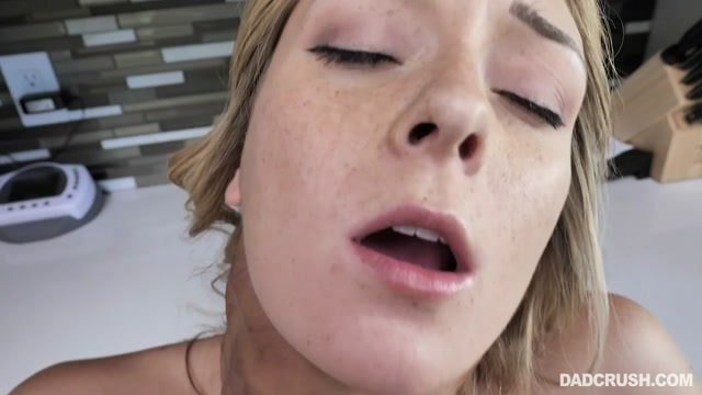 TeamSkeet_-_DadCrush_presents_Charlotte_Sins_in_Virginal_Vag_Vlogging___10.11.2019.mp4.00009.jpg