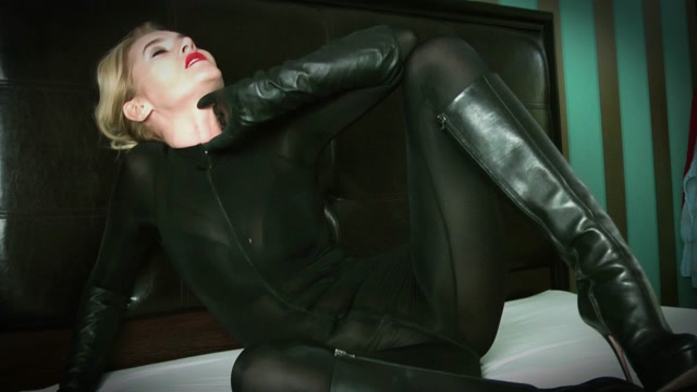 Clips4sale_presents_DANGEROUS_TEMPTATION_-_NOBODY_LEAVES_THIS_ROOM_ALIVE____29.99__Premium_user_request_.mp4.00000.jpg