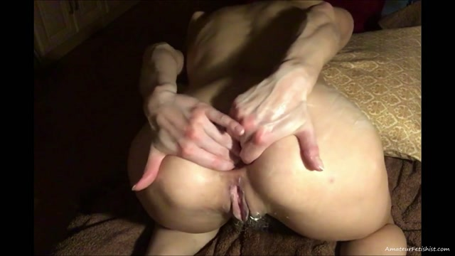NatusAmare_-_Anal_play_with_new_lube.mp4.00005.jpg