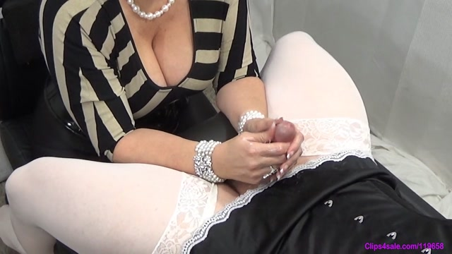 Closeup_Sissy_Milking_-_Forced_By_Step-Mommy.mp4.00013.jpg