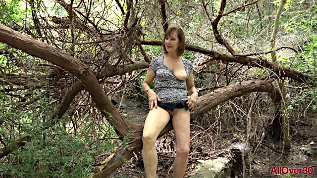 Allover30_presents_Lynn_60_years_old_Nudism___Outdoors___30.05.2020.mp4.00001.jpg