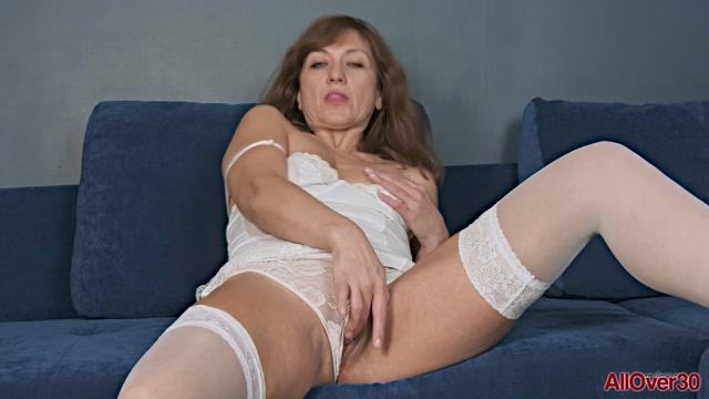 Allover30_presents_Rafaella_47_years_old_Mature_Pleasure___27.05.2020.mp4.00006.jpg