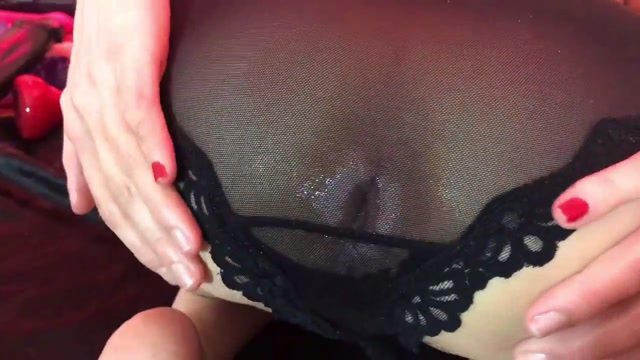 Maria_Hella_anal_prolapse_loose_in_transparent_panties.mp4.00002.jpg