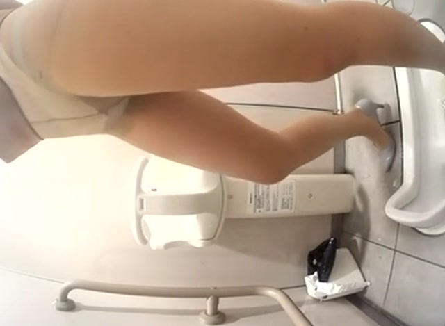Watch Free Porno Online – Pissing – 15307886 (MP4, SD, 720×480)