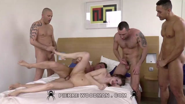 WoodmanCastingX_presents_Anna_Taylor_-_XXXX_-_I_Wanted_be_Destroyed_by_5_Men___22.07.2020.mp4.00008.jpg