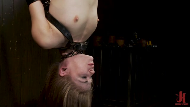 DeviceBondage_presents_Sensi_Pearl_Petite_Brunette_Tormented_and_Made_to_Squirt___06.08.2020.mp4.00011.jpg