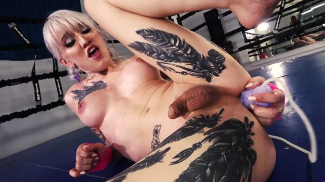Grooby_Girls_Vs_Bad_Dragon_-_Lena_Kelly_Round_1_Princess_The_Twisted_Fister_vs_Echo.mp4.00011.jpg