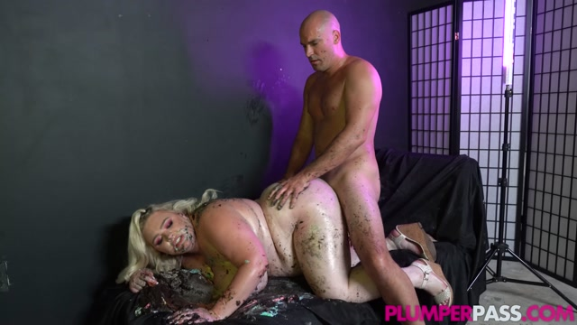 PlumperPass_presents_Stella_Daniels_in_Cock__Cake_and_Eat_It___11.09.2020.mp4.00014.jpg