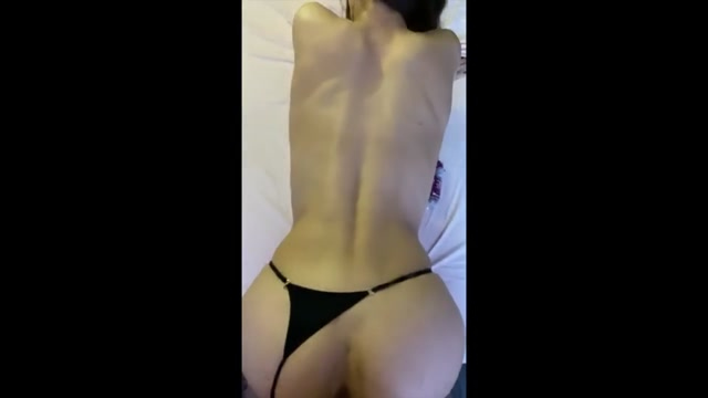 SandyCandy7_in_001_Fucked_Beauty_in_Pants_and_Cum_on_her_Delicious_Pussy.mp4.00011.jpg