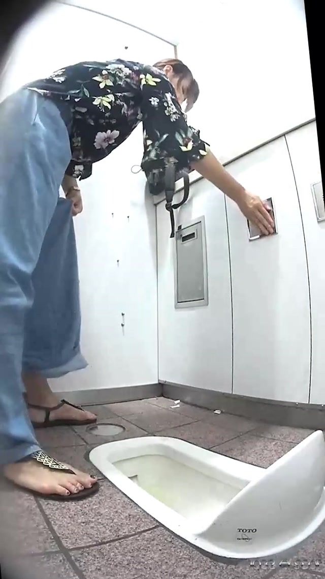 Watch Free Porno Online – Subway Toilet 28 Stripped chestnut crotch Cleaning chestnut scratching and ass hole Kopoo – ditiewcpeep28 (MP4, UltraHD/2K, 720×1280)
