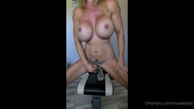 brooketyler_03-08-2020_Hello_porn_fans_glad_to_have_you_with_me_for_another_w.mp4.00010.jpg