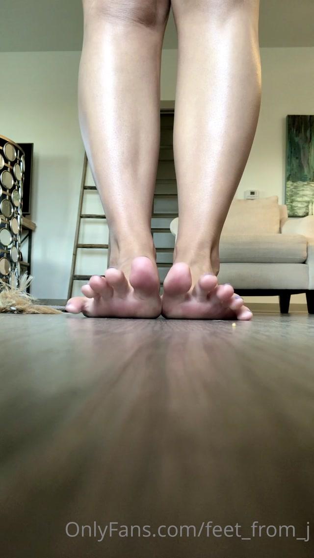 feet_from_j_06-07-2020-76900878-.mp4.00010.jpg