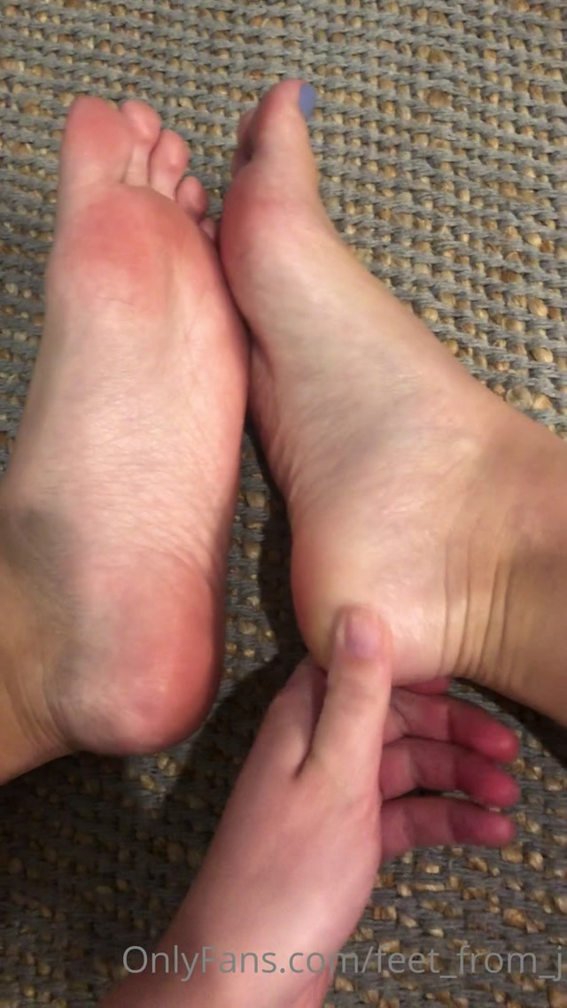 feet_from_j_08-07-2020_I_would_rather_have_you_be_doing_this_for_me.mp4.00010.jpg