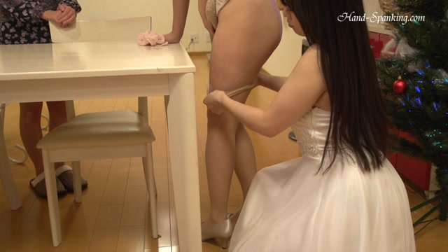 Japanese_Hand_Spanking_-_HS-AMCGP2FCSS_HD.mp4.00007.jpg