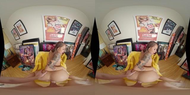 Wankzvr_presents_Who_Framed_Holly_Hendrix.mp4.00013.jpg