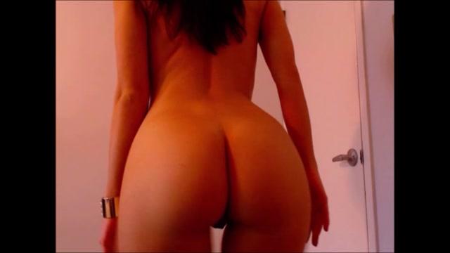 bellawild_striptease_and_lapdance_pov.mp4.00012.jpg