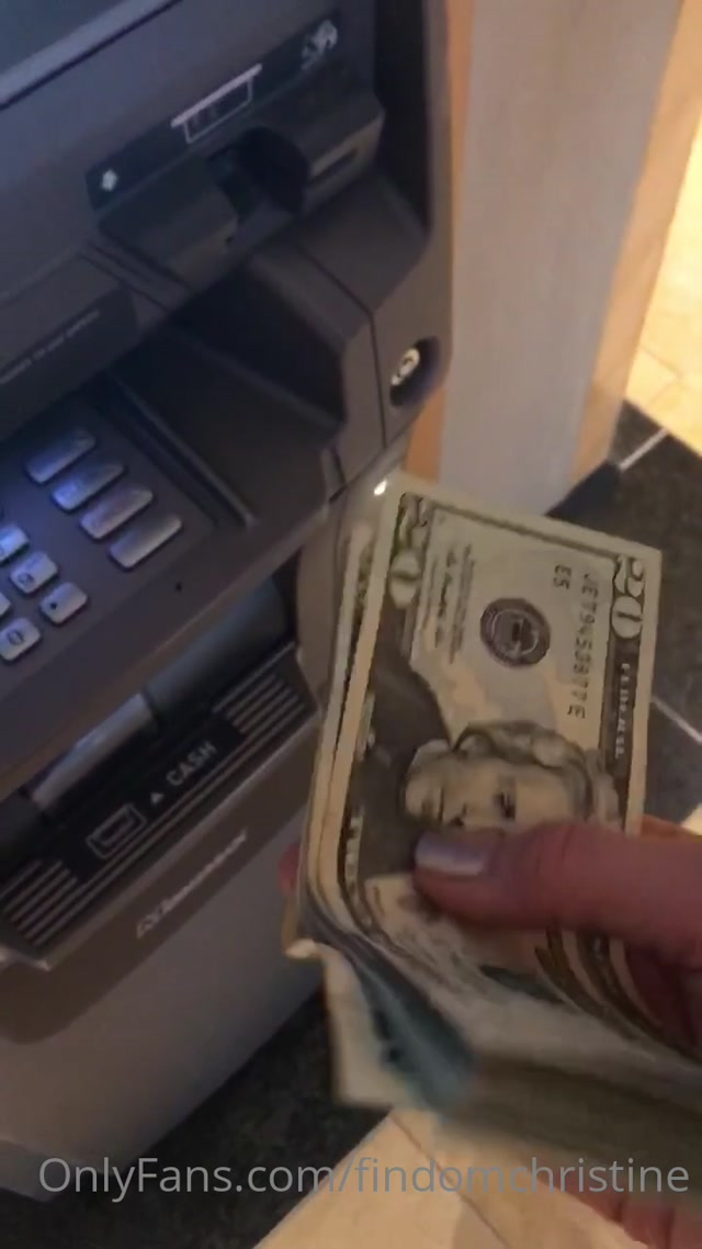 findomchristine_15-07-2020_5_min_CASHMEET_video_And_this_is_only_part_1..mp4.00015.jpg